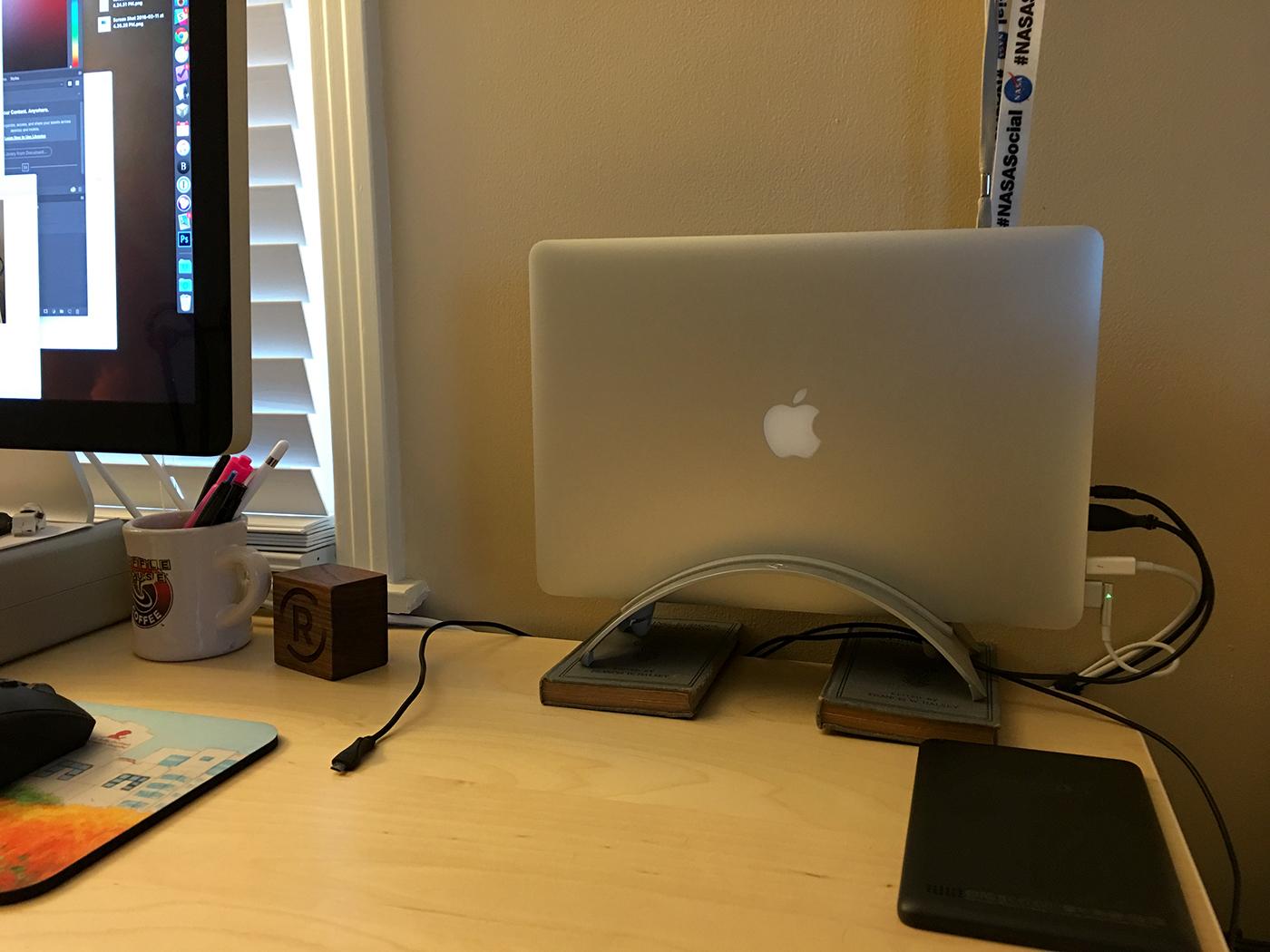 MacBook Pro in BookArc